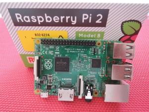 Raspberry Pi 2 B (2)